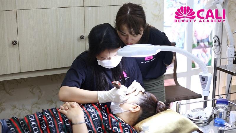 Cali Beauty Academy là nơi học phun xăm thẩm mỹ ở TPHCM uy tín