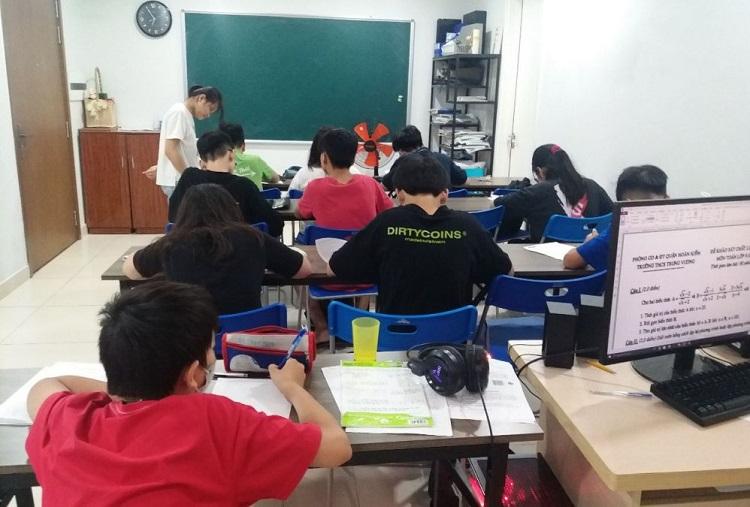 Luyện thi Đại học Nguyễn Thượng Hiền
