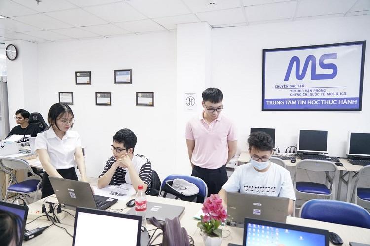 Trung tâm tin học MS - luyện thi MOS TPHCM uy tín