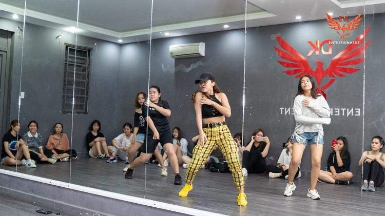 DK Dance Studio – cho thuê phòng tập nhảy quận 7 uy tín
