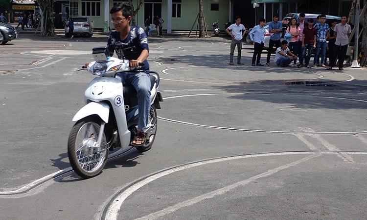 Trung tâm đào tạo lái xe – Trường cao đẳng GTVT Trung Ương III là trung tâm thi bằng lái xe máy TPHCM