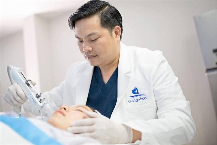 Bác sĩ Phùng Mạnh Cường – bác sĩ nâng mũi đẹp ở tphcm