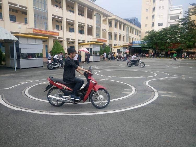 Trường trung cấp nghề, dạy lái xe bằng A1 Đông Sài Gòn là trung tâm thi bằng lái xe máy ở tphcm