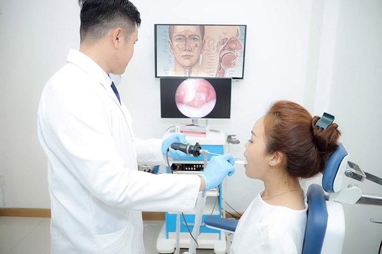 Phó giáo sư, Tiến sĩ, Bác sĩ Nhan Trừng Sơn - bác sĩ tai mũi họng giỏi ở tphcm