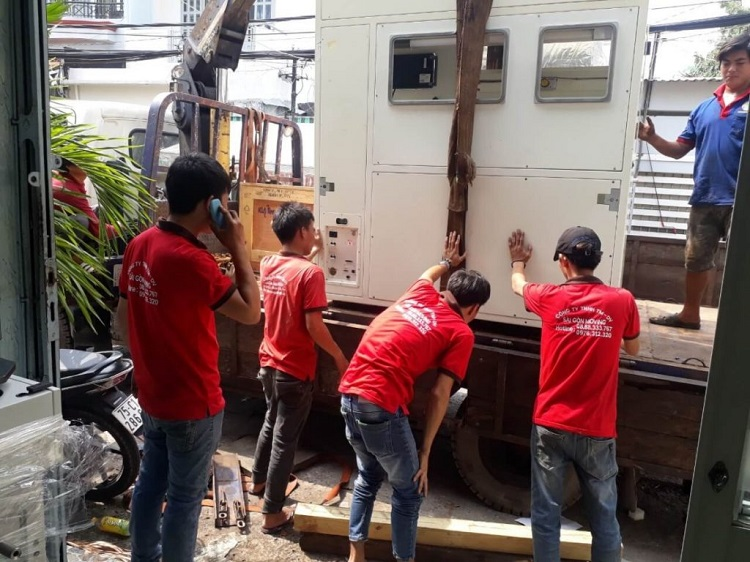 Dịch vụ chuyển nhà quận 8 – SG Moving