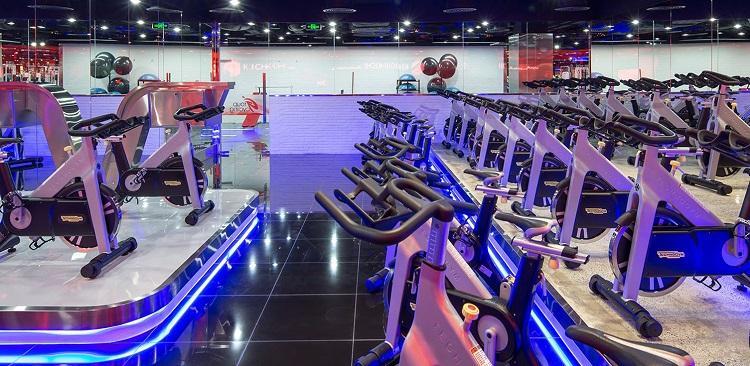 Phòng tập gym California Fitness & Yoga là phòng tập gym quận 6