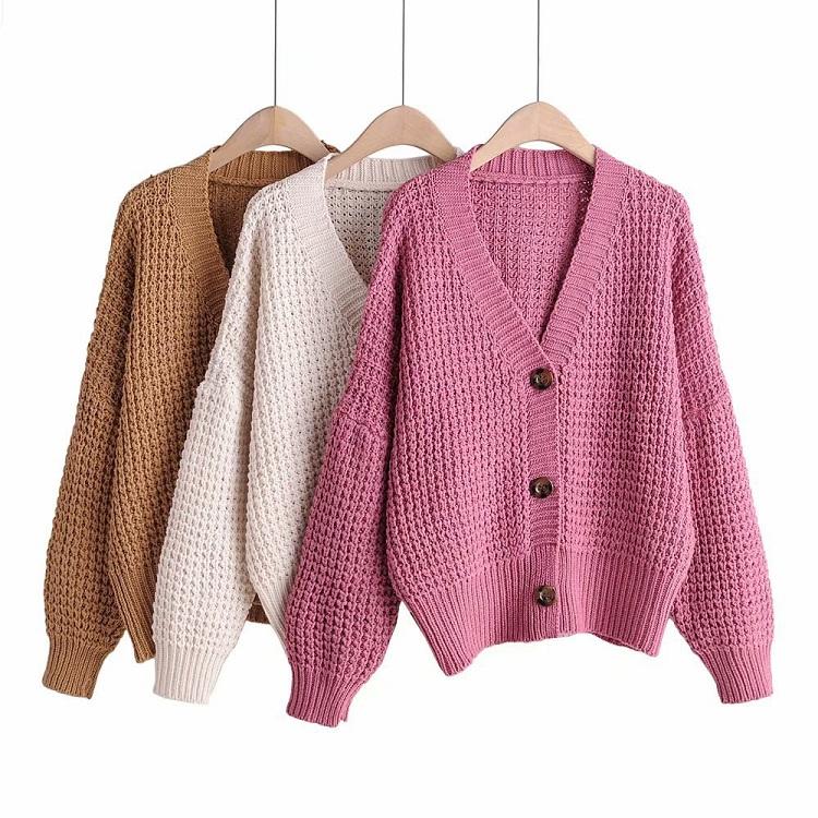Canifa.com là Shop bán áo len nữ đẹp ở TPHCM