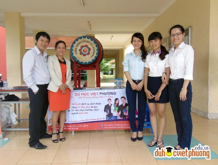 Công Ty TNHH Tư Vấn Du Học Việt Phương là công ty tư vấn du học tại tphcm